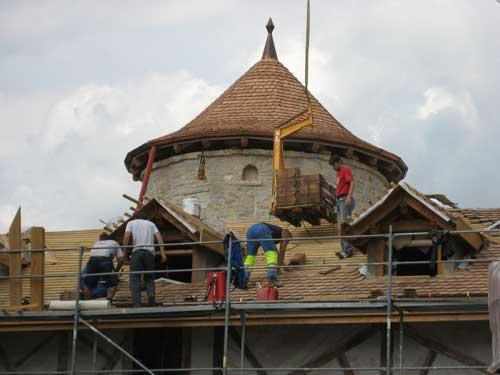 Charpente avec petit toit