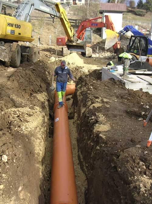 Viabilisation pose tuyaux drainage
