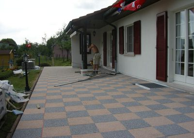 Terrasse avec dalles